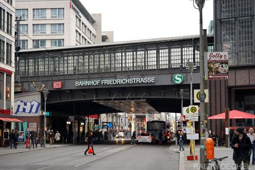 Location de voiture la gare de berlin friedrichstrasse - Location voiture vannes gare ...
